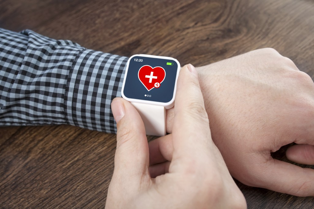 iWatch – Can An App A Day Keep The Doctor Away?